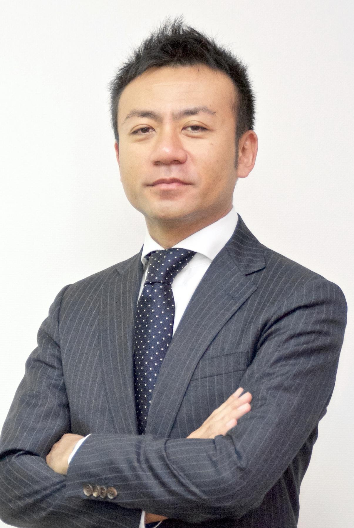 YASUAKI HIZAKI